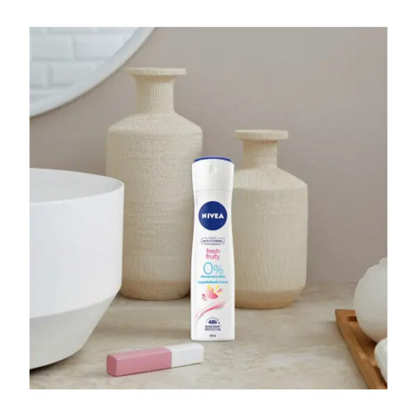 Deo Spray Deodorant fresh & fruity, 150 ml